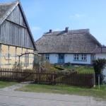 Wohnhaus und Scheune im Einklang